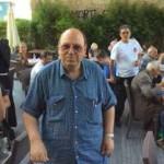 Gianni Marsili, l'ideatore e patron dell'Estate Romana sulTevere, durante il pranzo per i poveri sotto il Ponte Cestio